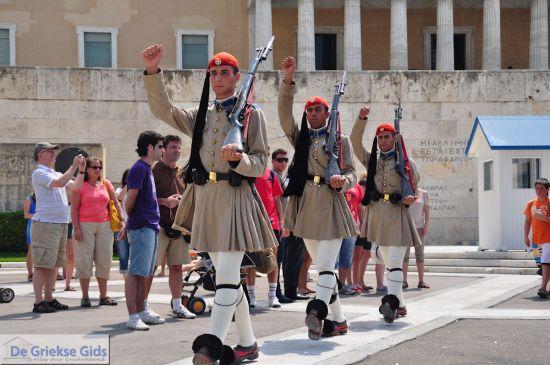 Wisseling van de wacht bij het Griekse parlement